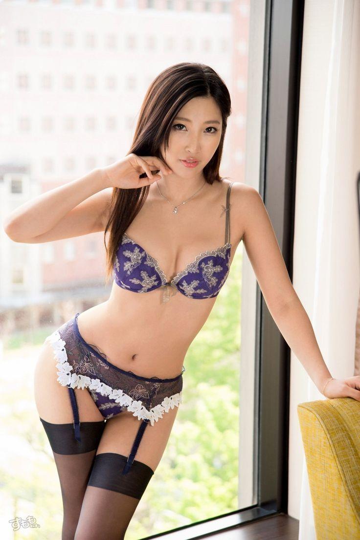 mizuki_miri_5375-114.jpg 1,363×2,048 pixels