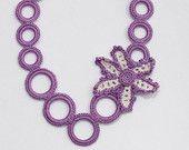 Романтический фиолетовый с цветком вязаное ожерелье
