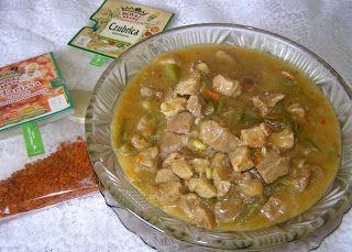 W Mojej Kuchni Lubię.. : pyszny gulasz z łopatki z czubricą zieloną, przypr...