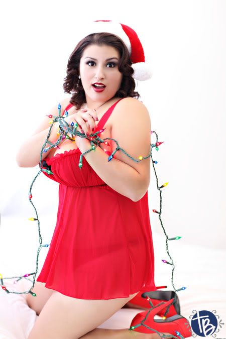 A bbw christmas elf in uk - 2 1