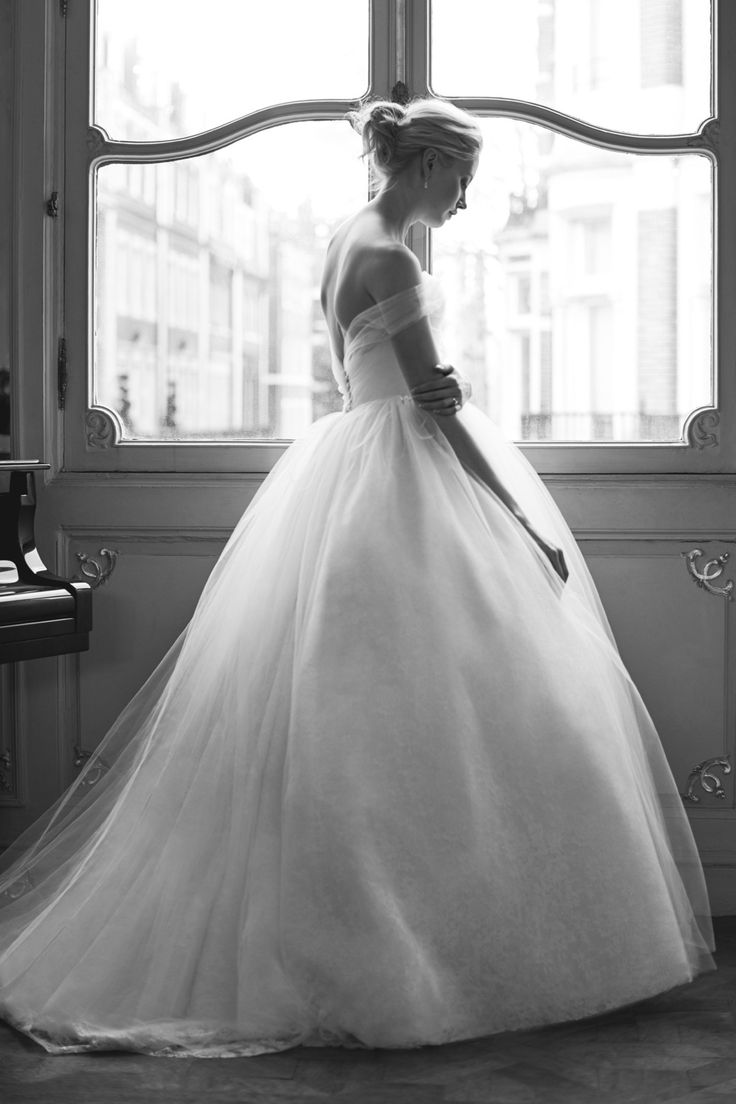 Phillipa Lepley Sample Sale! | Love My Dress® UK Wedding Blog