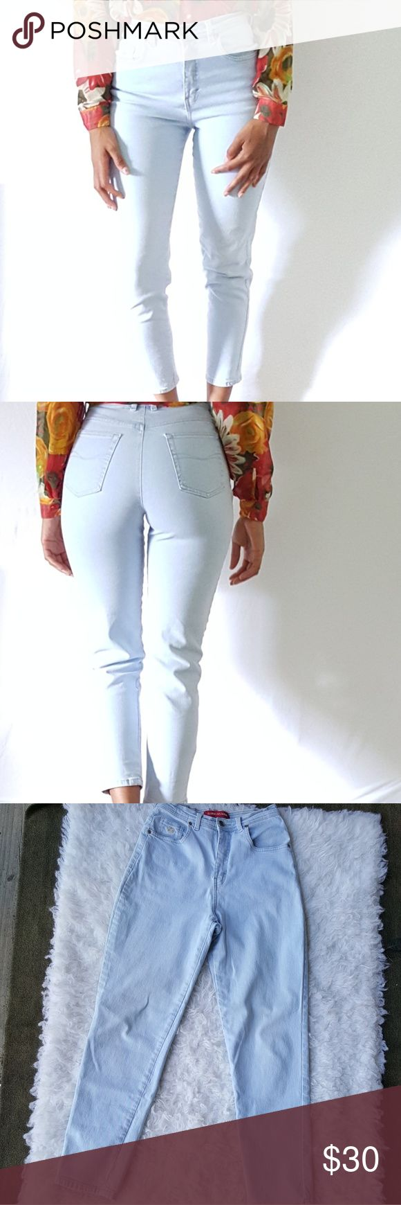 Gloria Vanderbilt high waisted skinny jeans Gloria Vanderbilt high-waisted skinny jeans. In a petite size 10. 100% cotton and 4% spandex. Denim does have a few rust stains on them as can be seen in picture for also has a few in the back side not overly visible though. Gloria Vanderbilt Jeans Skinny