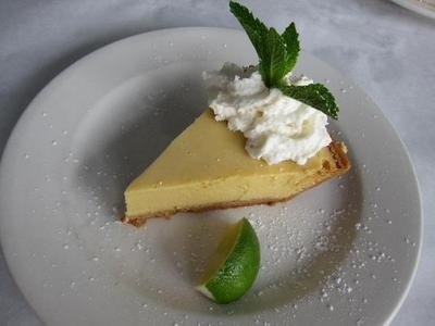 Keylime bistro 39 s key lime pie captiva island fl yummy for City fish market fort myers
