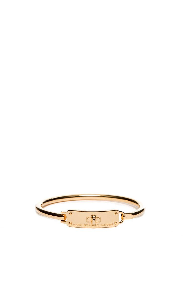 Armband Turnlock Hinge Cuff GOLD - Marc by Marc Jacobs - Designers - Raglady