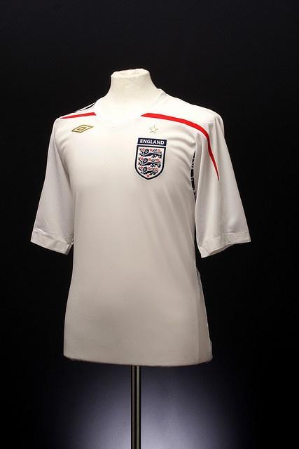 England Football Shirt (home, 2007-2009)