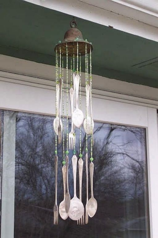 17 best ideas about homemade wind chimes on pinterest for Wind chime ideas