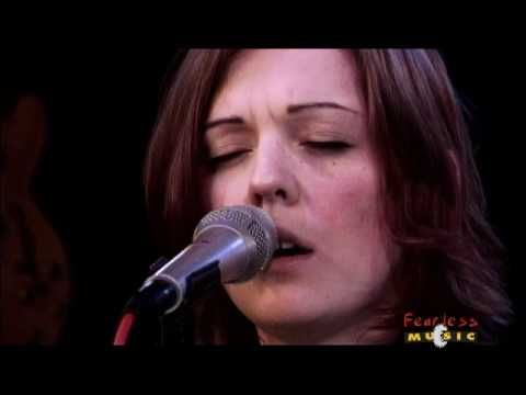 Brandi Carlile - Throw It All Away (Live)
