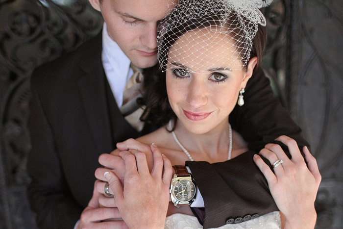 love this bride groom pose