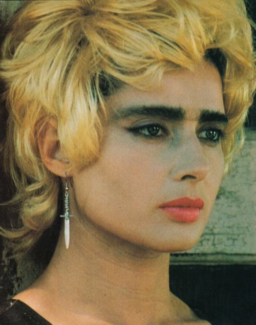 Isabella Rossellini in Wild at Heart -- my first intro to Lynch. Love at first chills.