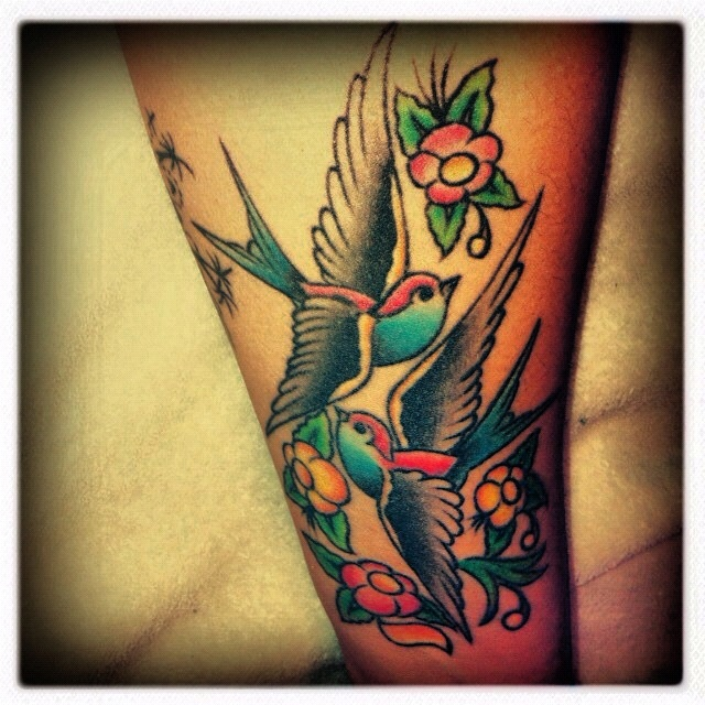 199 best images about neo traditional tattoos on pinterest for Traditional sparrow tattoo