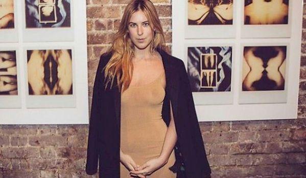Celebrity Nip Slips Wardrobe Malfunctions See Through in public   my likes   Pinterest ...