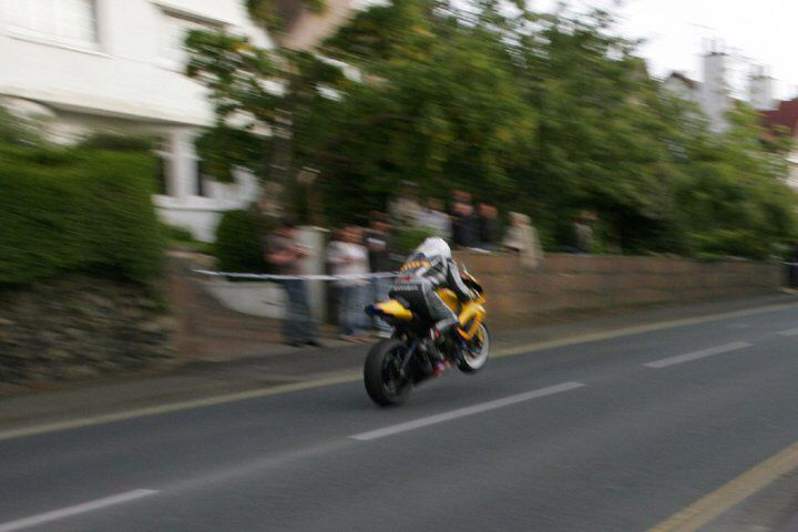 Flat out over Ago's!! GSXR 750 K7 only two 750's in the Superstock race!!