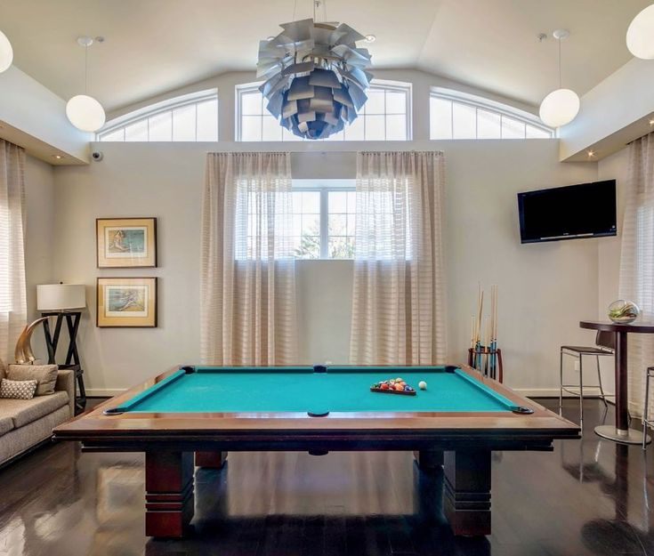 The 25+ best What is amenities ideas on Pinterest | Guest room ...