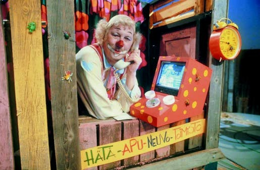 "Sirkuspelle Hermanni /// A tv show about a circus clown named Hermanni, who liked to say ""Voi änkeröinen!"" and ""Se on ihan mahoton tuo kepakko!"""