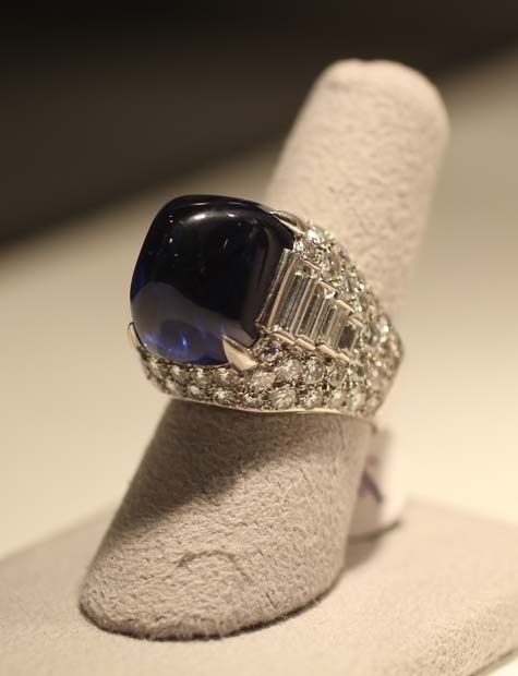 the sapphire and diamond trombino ring was added to elizabeth collection as the perfect complement to the bvlgari sapphire and diamond sautoir