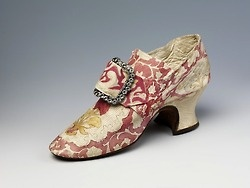 18th century shoes from the Victoria and Albert Museum
