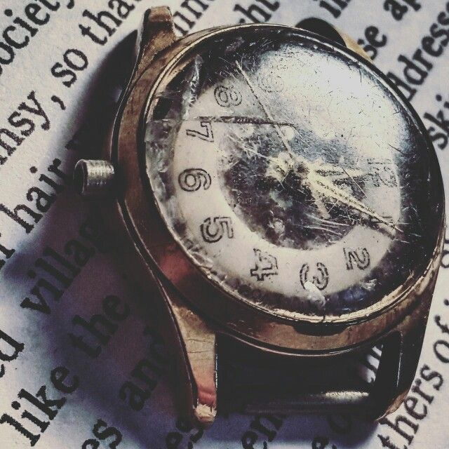time is everything but that does not mean you throw away because of a matter of time in 1 second lot of meaning in the contents of the secret behind time