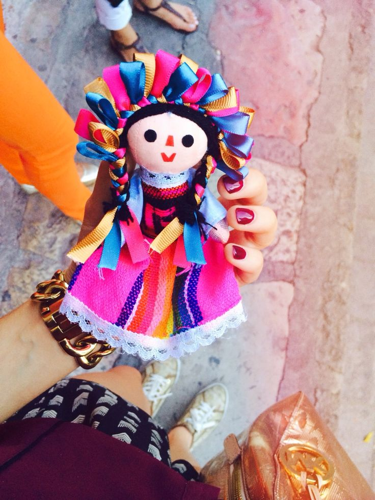 ¡Las Marías! Lindas muñequitas llenas de color, elaboradas por manos de Mujeres Mexicanas. ✿⊱╮