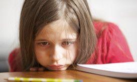 όλα τα σημάδια του αυτισμού/τι πρέπει να προσέχουν οι γονείς
