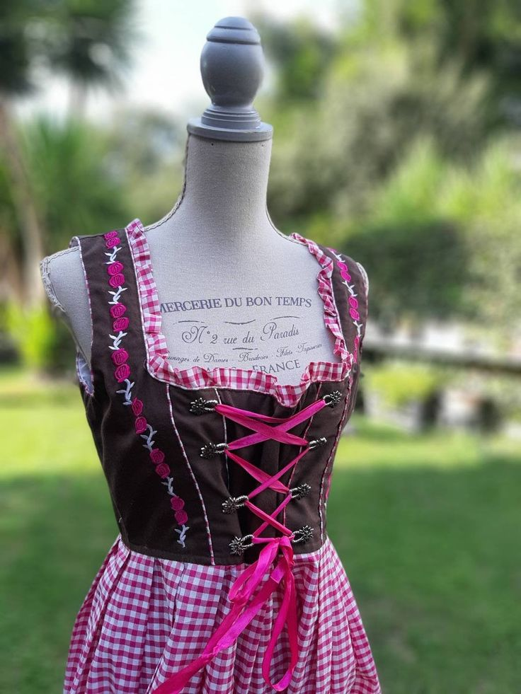 Vestito dirndl vintage anni 70 Germania dress woman quadretti rosa/fuc bianco costume country style cotone tirolese bavarese oktoberfest