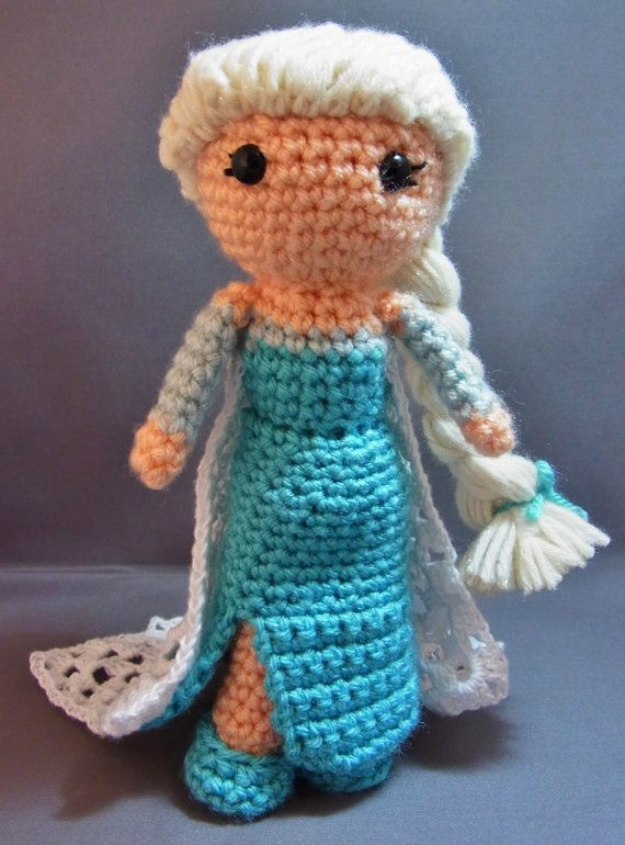 Amigurumi Elsa Ve Anna : Cutie Queen Elsa Inspired by Frozen Amigurumi Doll by ...