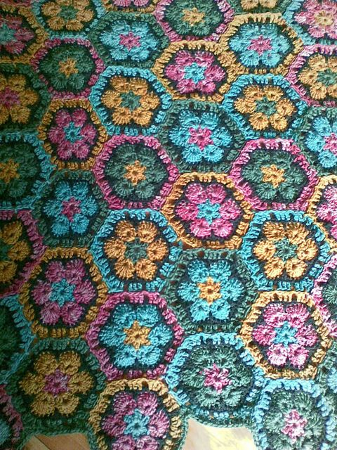 African Flower Crochet Baby Blanket Pattern : 17 Best images about Hexagon crochet on Pinterest ...