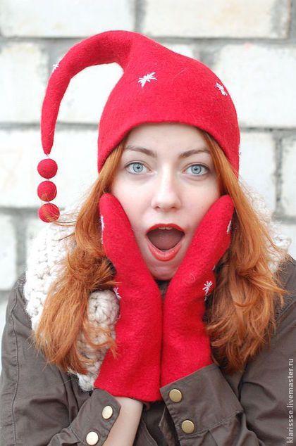 Красная шапочка, красные варежки, Новый год, зимняя шапочка, женские варежки, войлочные рукавички, валяные варежки