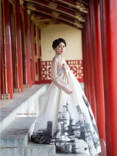 한복 Hanbok : Korean traditional clothes[dress] #ModernHanbok #Wedding #Dress #한복 #Hanbok