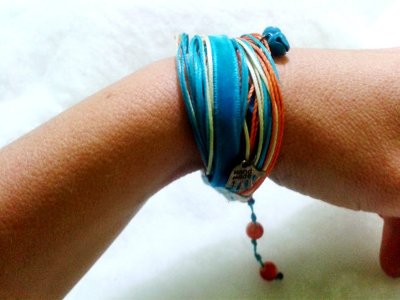 blue tangerine by Costurica on Etsy, €10.00