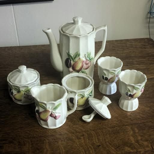 Check out this item in my Etsy shop https://www.etsy.com/listing/250917585/vintage-tea-set-coffee-set-6-piece-white