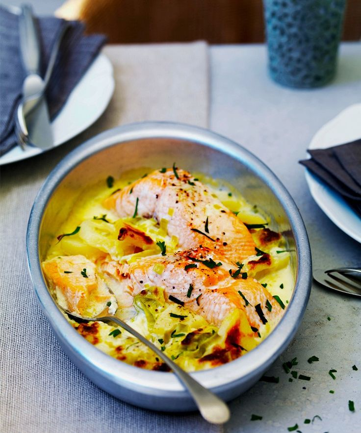 Baked Salmon with Leeks, Potatoes, Cream