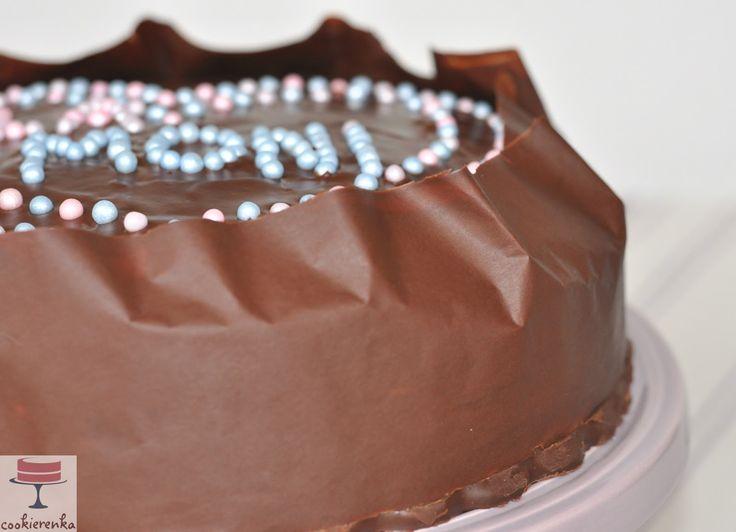 Domowa cookierenka Agi: Tort czekoladowy z pyszną masą budyniową