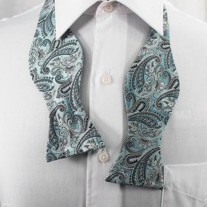Lake Placid Blue Paisley Bow Tie Set / Formal Business - Wedding Bow Tie Set