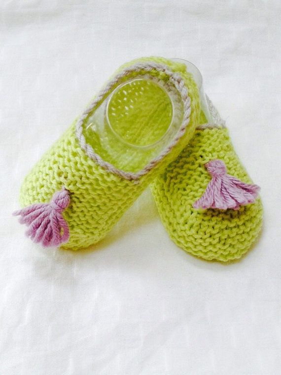 Green and purple knitted baby booties handmade by AuBoutduPre