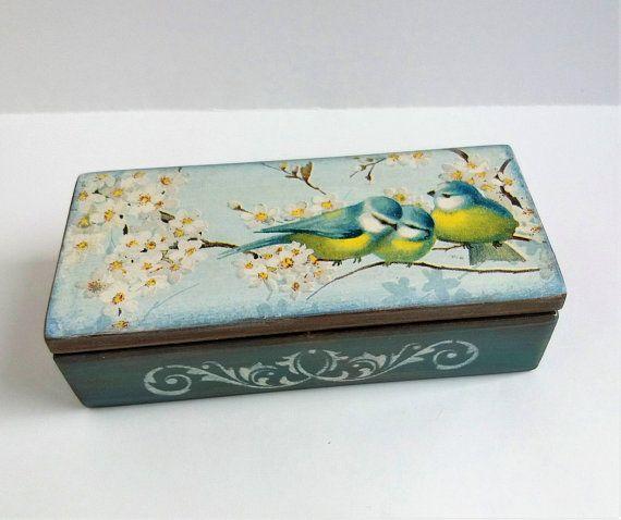 Spring flowers Bird Wooden box Jewelry box Spring flowers Keepsake box gift for …   – Ahşap fikirler