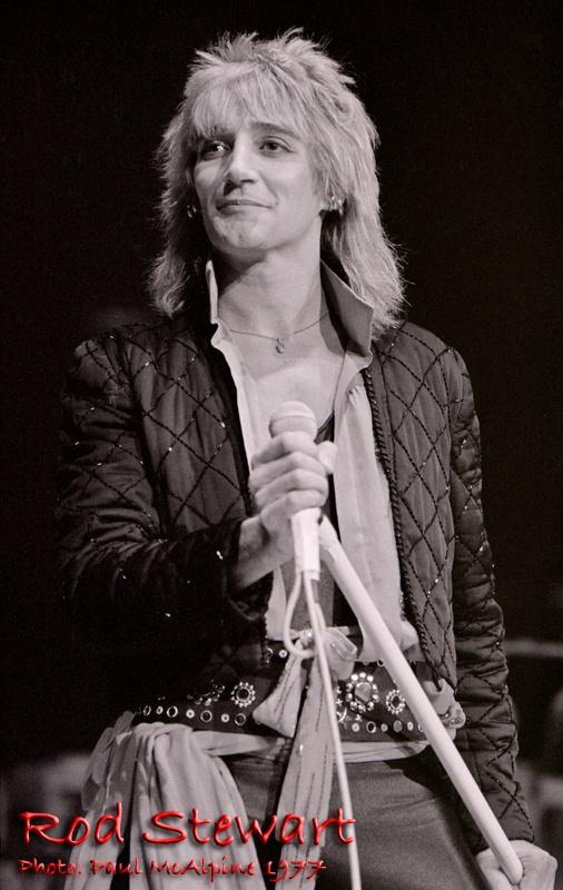Rod Stewart - Footloose & Fancy Free Tour 1977 Photo: Paul McAlpine