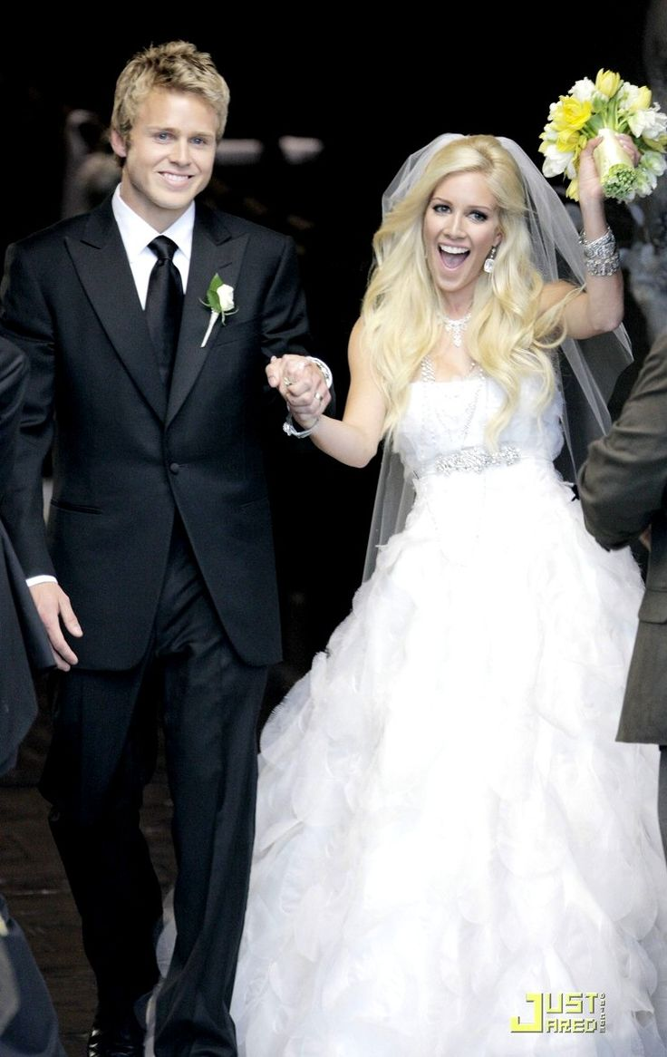 Reality Co Stars On The Hills Spencer Pratt Heidi Montag Wedding Wearing A Vera Wang Gown