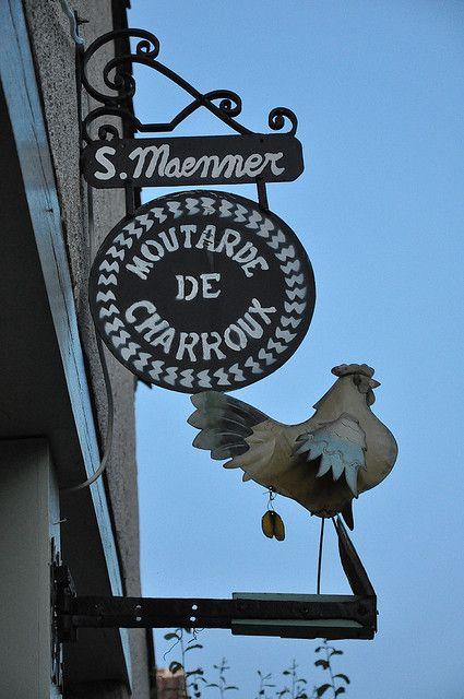 """""""Moutarde de Charroux"""" - un des plus beaux villages de France"""