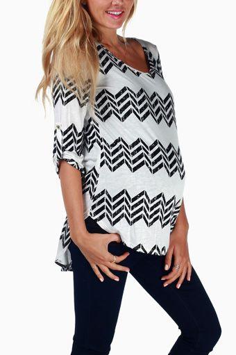 Black White Chevron Printed Maternity Top #maternity #fashion