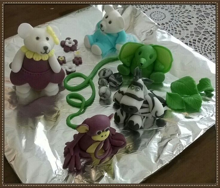 Ti-Ti  bears  and  other  animals