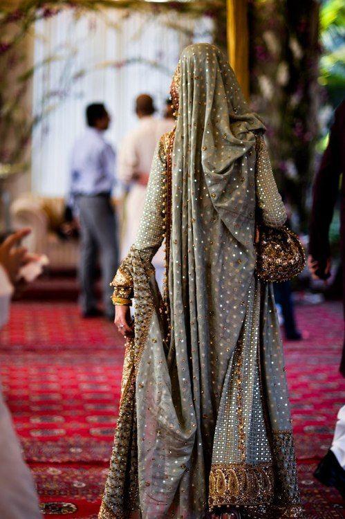 GORGEOUS Pakistani wedding dress