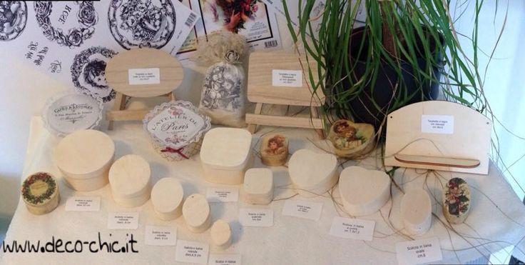 Scatoline e targhette in balsa di varie misure su www.deco-chic.it