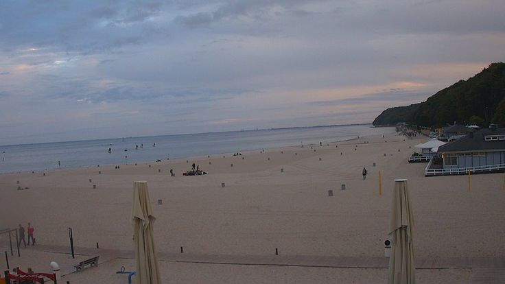 Gdynia, 17.50 http://xc.pl/gdynialive - kamera HD na żywo z gdyńskiej plaży