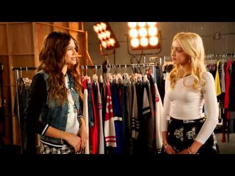 D'Signed line Peyton List & Zendaya - YouTube