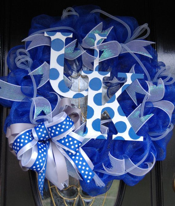 University of Kentucky Wildcats Wreath- I want to make this!Big Blue, Uk Wreaths, Wildcats Wreaths, Wreaths Ideas, University Of Kentucky, Mesh Wreaths, Uk Wildcats, Kentucky Wreath, Kentucky Wildcats