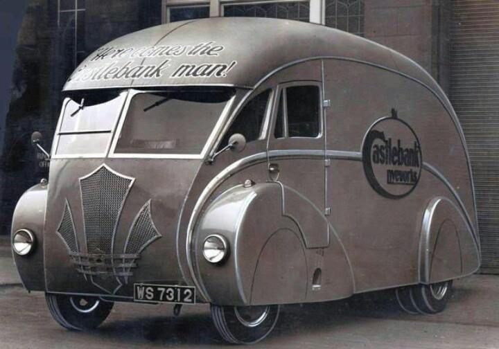 Very cool Art Deco Bus