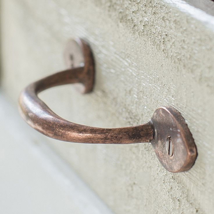 Our rather sweet Gilby #Drawer Pull in #Heritage #Copper will add a stunning effect to your drawer fronts.