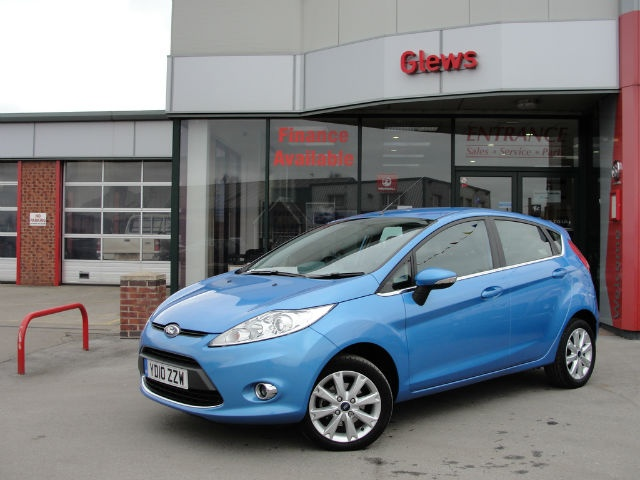 If You Are Looking For Sporty And Stylish On A Budget This Ford Fiesta Zetec Is Car Searchused