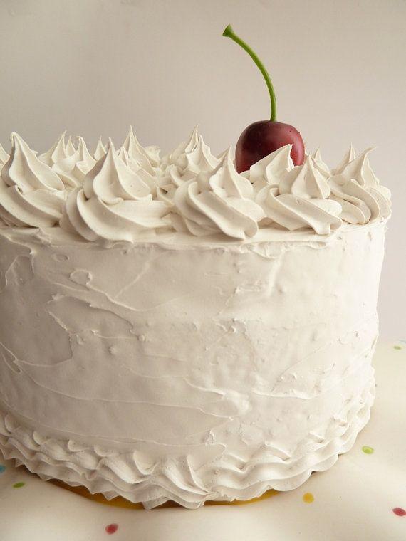 Biały Tort Weselny