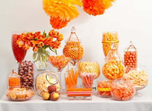 coral candy bar for the wedding: